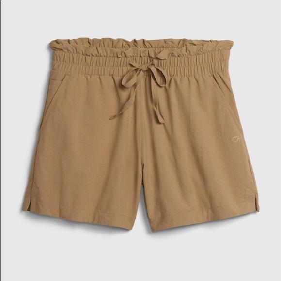 NWT Gap Fit Shorts